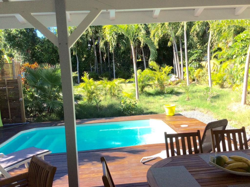 C c piscine guadeloupe saint francois sainte anne c c for Prix piscine coque 5x3